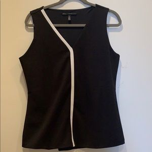 WHBM size M black and white sleeveless top